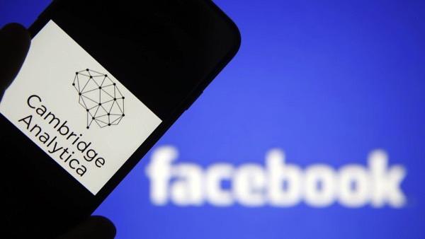 Личные данные трех миллионов пользователей Facebook оказались в открытом доступе