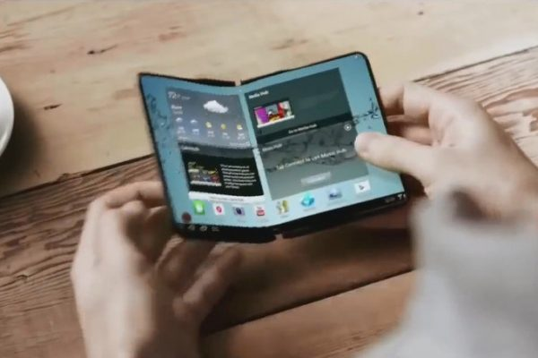 Почему Samsung лучше не делать Galaxy X гнущимся