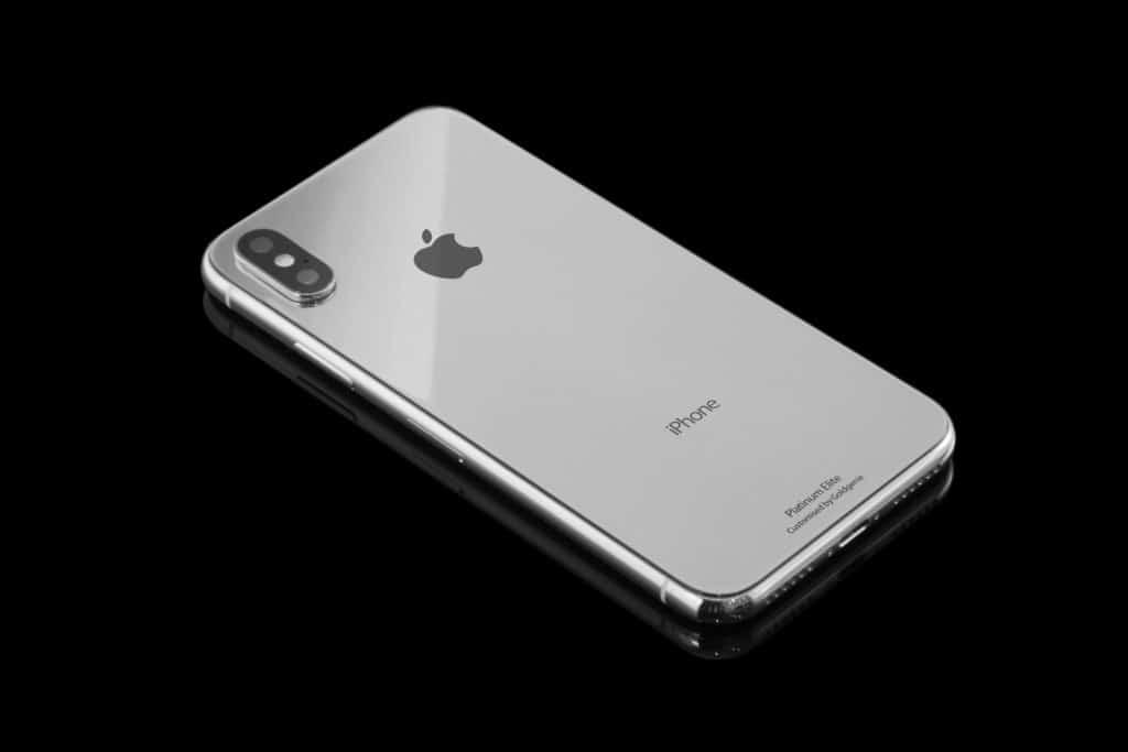 У всех друзей iPhone X – вот как выделиться
