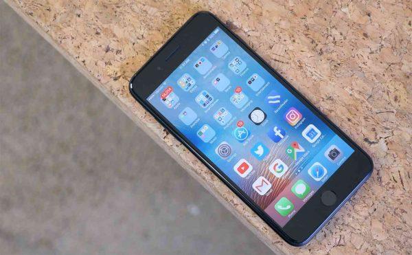 У некоторых iPhone 7 не работает микрофон после обновления до iOS 11.3 и выше