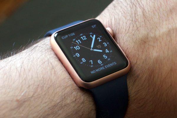 Apple Watch получат кнопки, как у iPhone 7 и 8