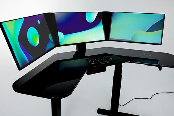Cemtrex продаёт рабочий стол, достойный Стива Джобса