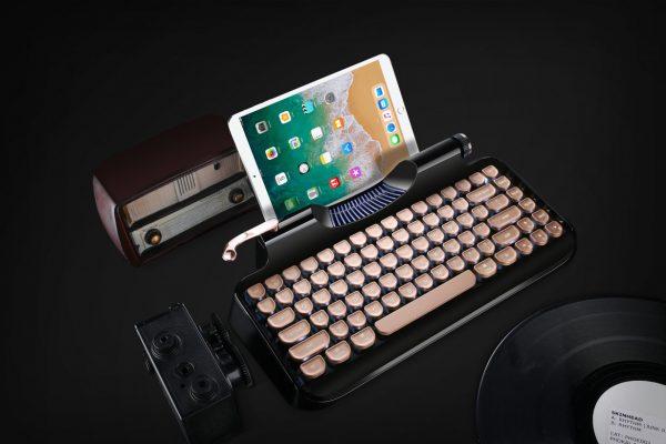 KnewKey — механическая ретро-клавиатура для владельцев Mac и iPad
