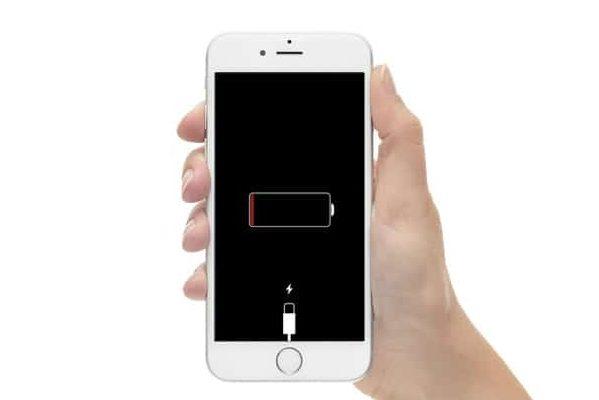 Выход iOS 11.4.1 действительно решил проблему с аккумулятором