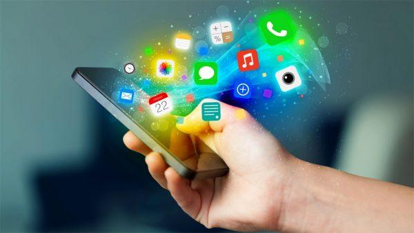 ФАС хочет заставить производителей смартфонов предустанавливать российские приложения