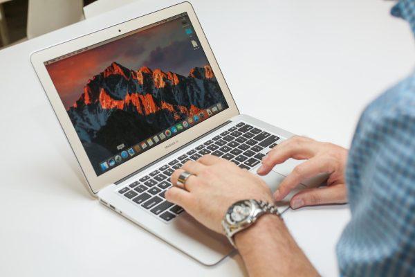 Обновленный MacBook Air получит процессоры Intel Kaby Lake