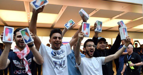 8 из 10 самых продаваемых смартфонов — iPhone