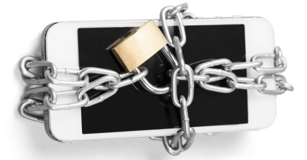 Защиту Apple от взлома уже обошли