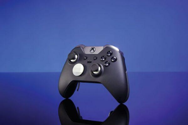 Microsoft обещает представить обновленные Xbox в августе