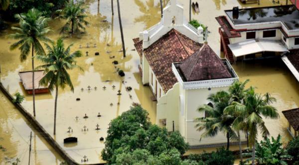 Apple пожертвует миллион долларов для борьбы с наводнением в Индии