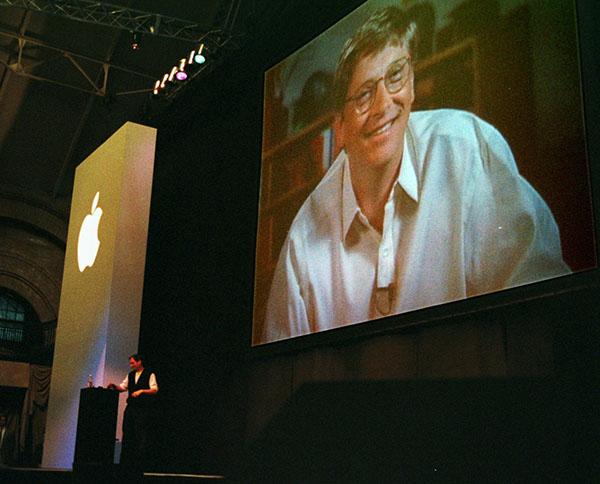 Как Microsoft помогла Apple достичь отметки в триллион долларов
