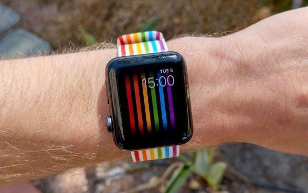 ЛГБТ-циферблат в watchOS доступен во всем мире, кроме России