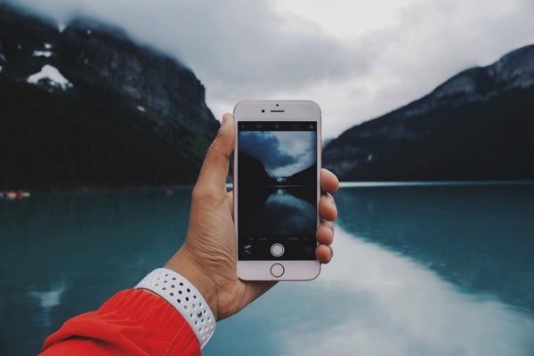 """Почему снимки на iPhone сложно назвать """"искусством фотографии"""""""