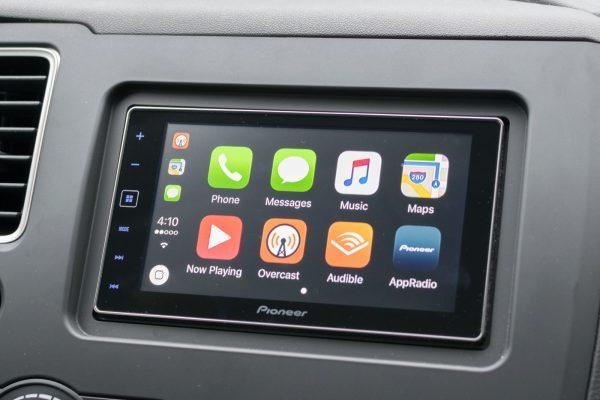 Wylsacom рассказал о всех недостатках и преимуществах Apple CarPlay
