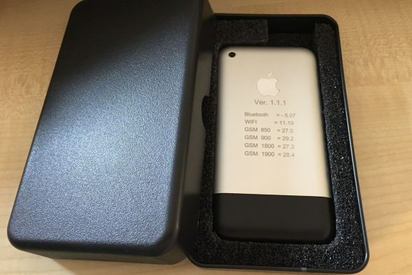 На eBay продается рабочий прототип первого iPhone