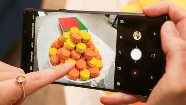 Samsung выпустит смартфон с четырьмя камерами до конца года